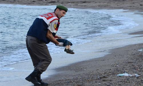 Drowned Aylan's family to be admitted to Canada