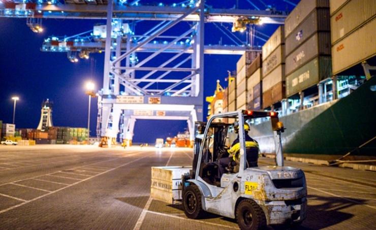 Khalifa Bin Salman Port 'moving full steam ahead'