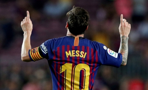 Messi will stay with Barcelona despite wanting to leave