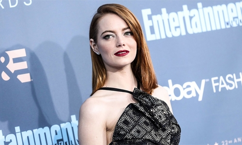 Damien Chazelle in early talks with Emma Stone, Brad Pitt for his next 'Babylon'