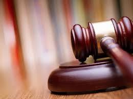 Detention renewed in court staff bribe case