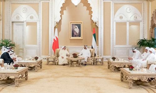 HM King, UAE Crown Prince review regional developments