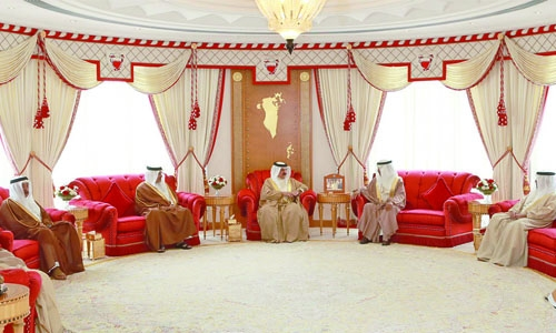 Bahraini citizens centre to development march: King