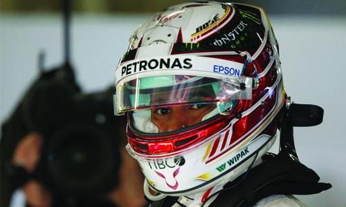 Hamilton edges Raikkonen in China practice