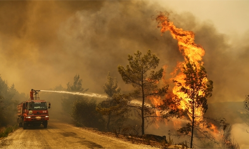 Four dead in Turkey as wildfires ravage southern coast