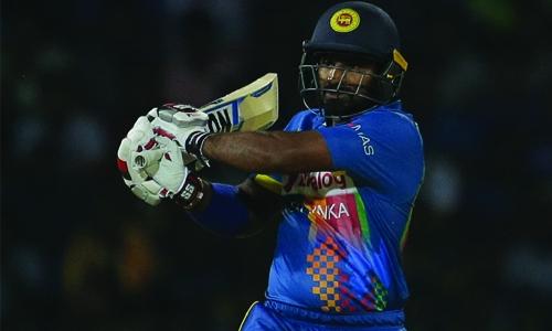 Sri Lanka stun India in T20
