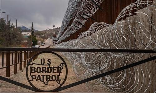 Trump takes border campaign to El Paso
