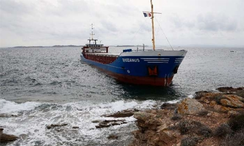 Cargo ship runs aground in Corsican reserve