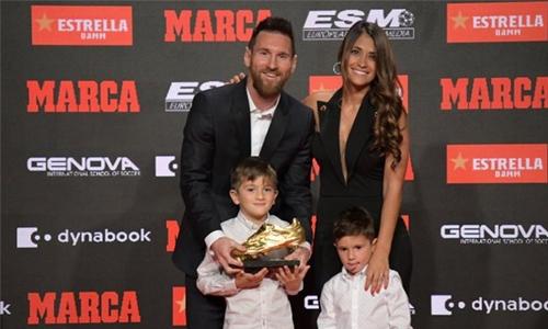 Messi wins third straight Golden Shoe award