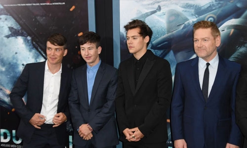'Dunkirk' stays on top in N. America