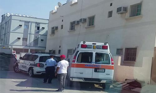 Ambulance 'refuse' to take brother's body, man goes berserk