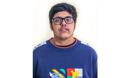 Bahraini teen entrepreneur setting new online shopping standards