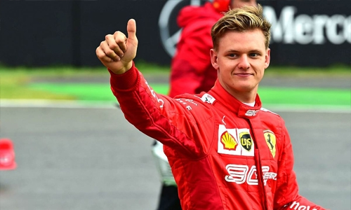 Mick Schumacher signs F1 contract with Haas