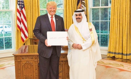 Ambassador to US presents credentials