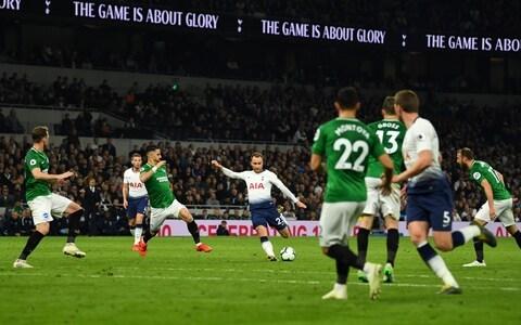 Eriksen saves Spurs
