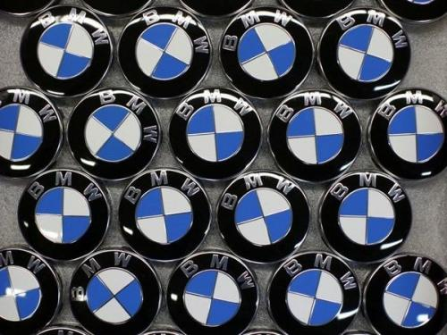 BMW, MercedesBenz lower prices in China