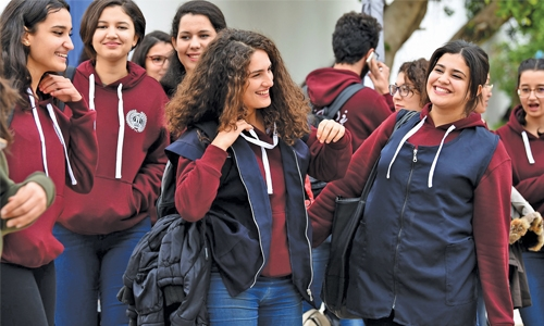 Tunisian girls rebel  against uniform