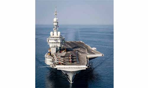 French aircraft carrier Charles de Gaulle arrives in Bahrain