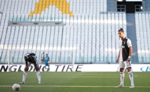 Dybala and Ronaldo strike, Buffon sets record as Juve widen lead