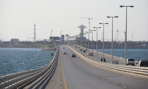 Bahrain eases restrictions for travellers entering King Fahd Causeway