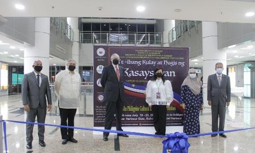 Filipino Creatives Bahrain group holds art exhibit