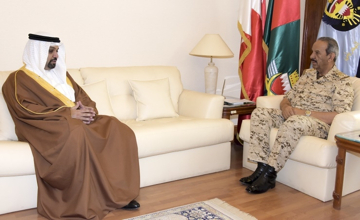 Commander-in-Chief receives Finance Minister