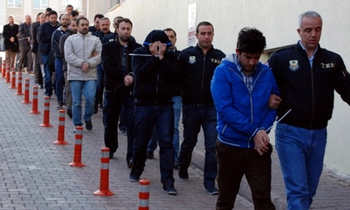 Turkey detains 1,000 in new anti-Gulen crackdown