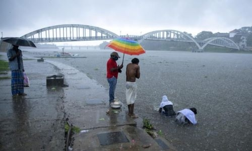 Severe cyclone heading toward southern India, four dead