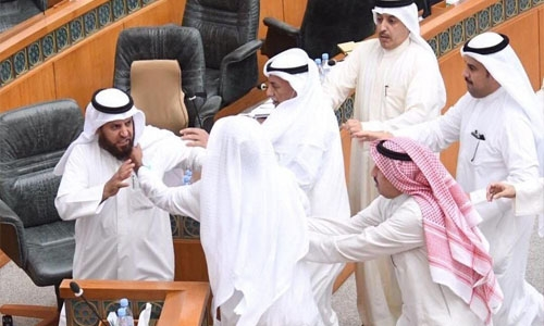 Kuwait Assembly backs budget but political feud rumbles on