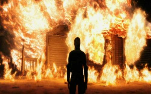 Man sets carpentry on fire over unpaid salaries