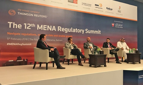 Experts for regulation of cryptocurrencies