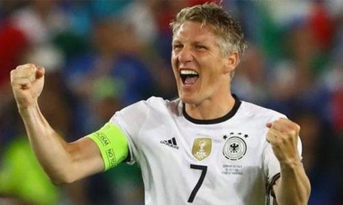 Bastian Schweinsteiger retires from Germany duty