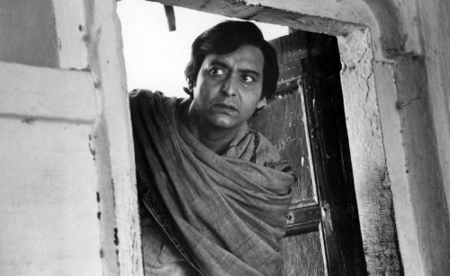 Soumitra Chatterjee: India acting legend dies, aged 85