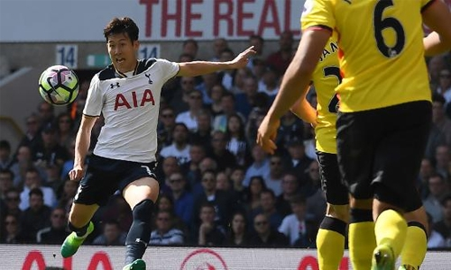 Broken arm fear for Tottenham's Son in Qatar