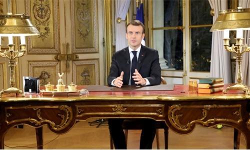 Macron vows wage rise