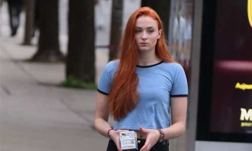 Sophie blames GoT coffee cup on 'lazy' Kit