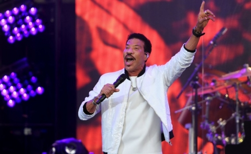 Lionel Richie to team up with Disney for film musical