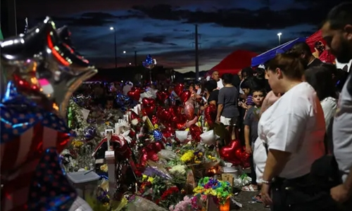El Paso shooting: Suspect 'confessed to targeting Mexicans'