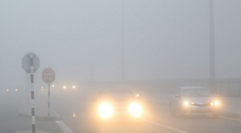 Fog 'red' alert issued in UAE, chance of rain on Friday