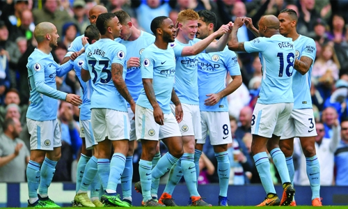 Man City thrash Swansea 5-0