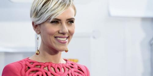 Scarlett becomes world's highest paid actress