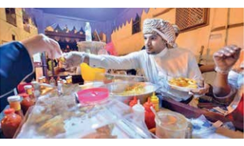Ramadan sparks competition among young vendors in Jeddah