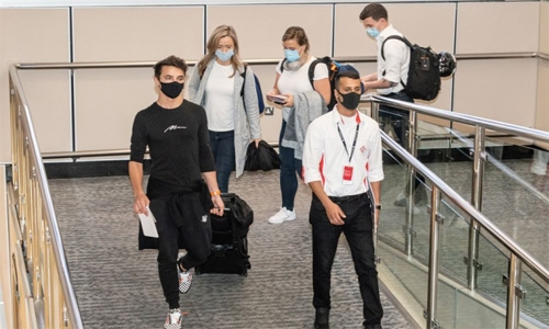 F1 drivers begin to arrive for Gulf Air Bahrain Grand Prix
