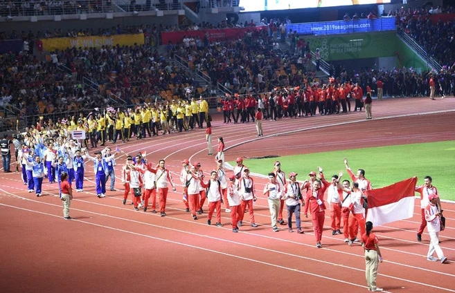 World-class' Southeast Asian Games end with rocking closing ceremony