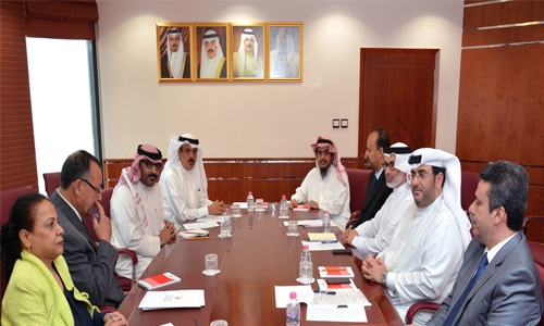 Bahrain Education Minister to improve school timing