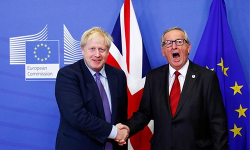 Britain clinches last minute Brexit deal
