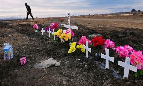 Tragic head-on car crash kills 7 children, 2 adults in US