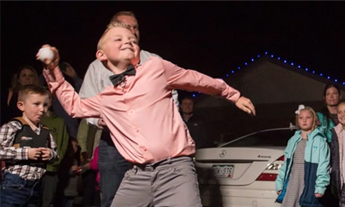 Boy overturns Colorado ban on snowball fights