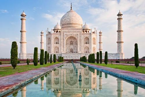 India to reopen Taj Mahal