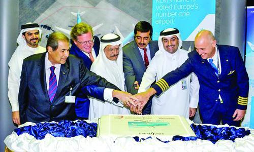 KLM's maiden Dreamliner touches down in Bahrain